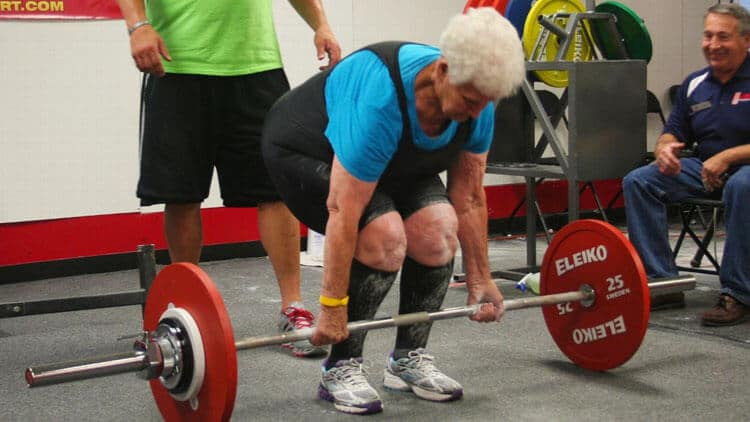 shirley webb deadlift 78 year old lady from St. Louis deadlifting-image-credit-ed-webb