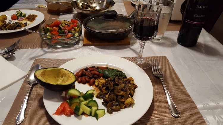 slow-carb-diet-review-chicken-stir-fry-dinner